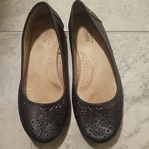 Croft & barrow black ortholite lasercut flats